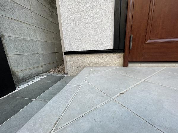 大阪府東大阪市 N様邸 屋根塗装・外壁塗装・付帯部塗装 水切り、雨樋塗装 (4)