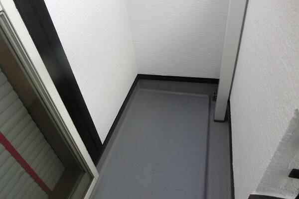 大阪府東大阪市 N様邸 屋根塗装・外壁塗装・付帯部塗装 ベランダ防水工事 FRP工法 (3)