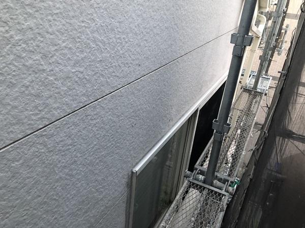 大阪府東大阪市 N様邸 屋根塗装・外壁塗装・付帯部塗装 シーリング工事① サイディングボードの継ぎ目 工程 (1)