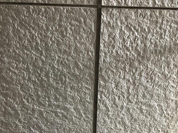 大阪府東大阪市 N様邸 屋根塗装・外壁塗装・付帯部塗装 シーリング工事① サイディングボードの継ぎ目 工程 (9)