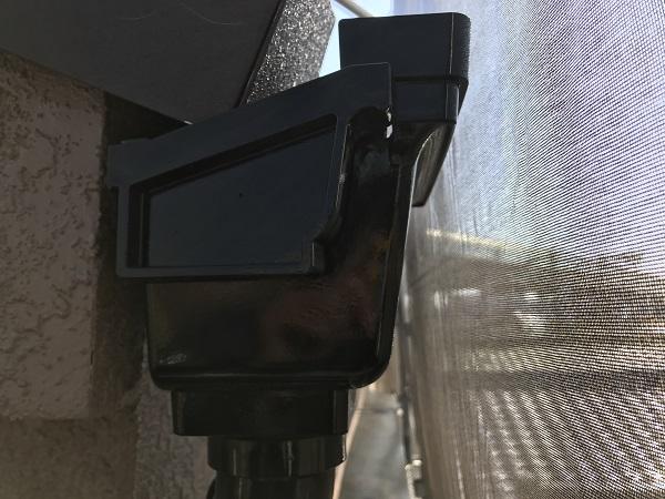 大阪府東大阪市 屋根塗装・外壁塗装 付帯部塗装 雨樋塗装の工程 (2)