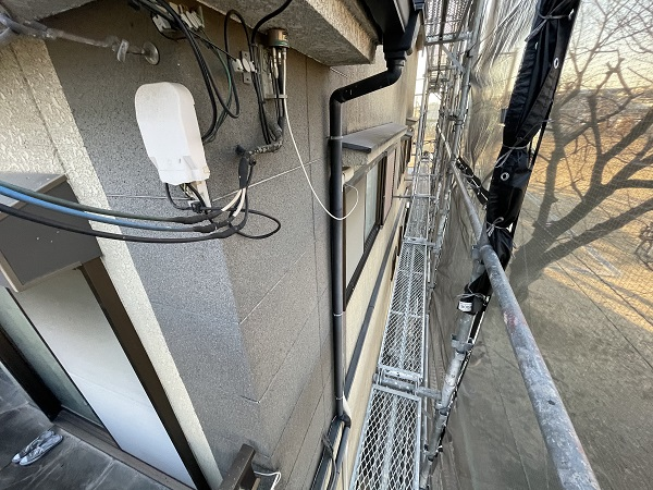 大阪府東大阪市 屋根カバー工法・外壁塗装・付帯部塗装 足場解体 完工 (2)