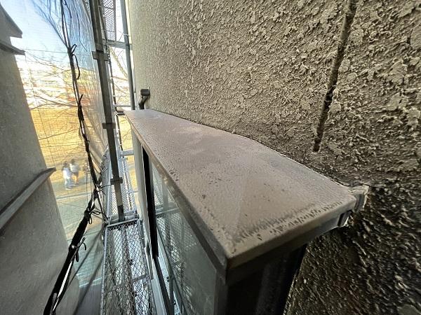 大阪府東大阪市 屋根塗装・外壁塗装 施工前の状態(外壁) 汚れの原因とは ひび割れ (17)